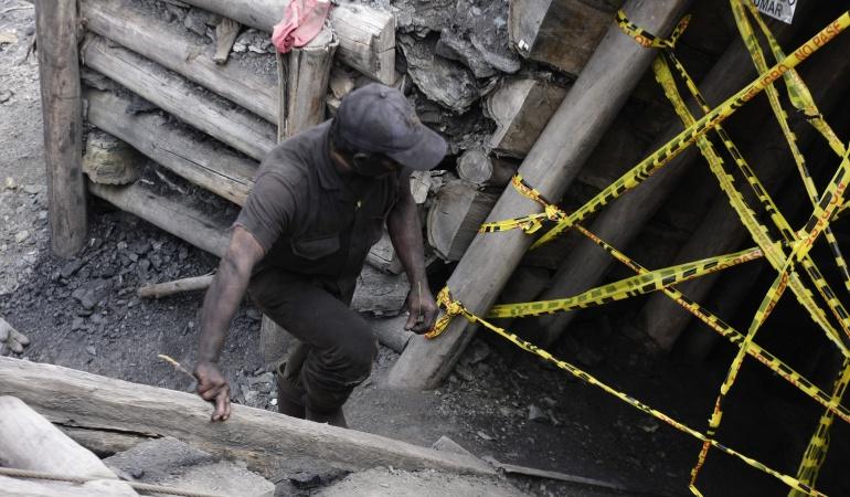Terrorismo: Atacaron maquinaria de mina de esmeraldas en Maripí, Boyacá
