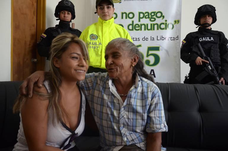 Viviana Gil y su madre biológica María Edilia Henao.