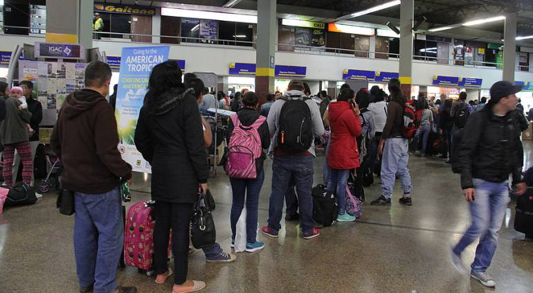 Este jueves saldrán más de 45.000 personas por las terminales de Bogotá