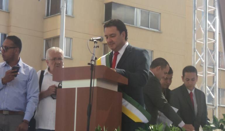 En la plaza de Bolívar de Armenia se cumplió la posesión del alcalde de la capital del Quindío