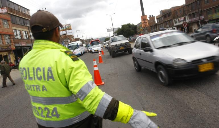 Multas tránsito grúas Bogotá: Comenzaron a regir nuevas tarifas de comparendos, patios y grúas en Bogotá
