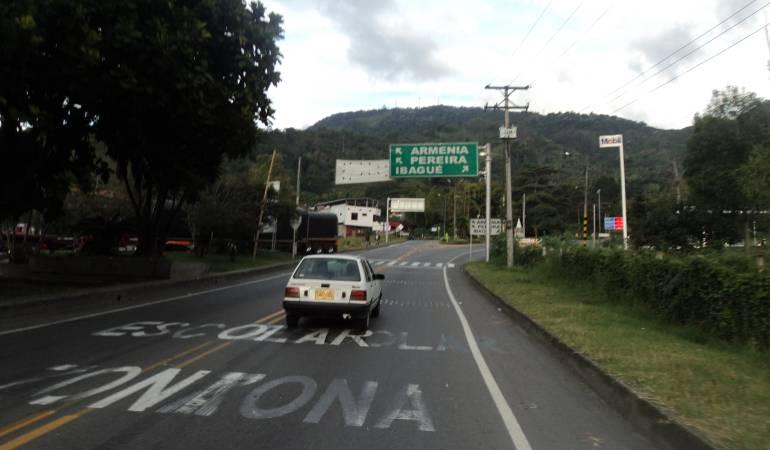 A diario 10.000 vehículos se movilizan por la vía La Línea