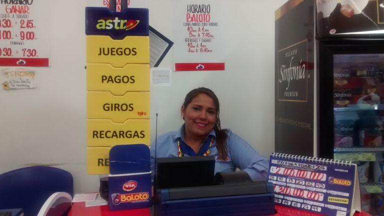Kelly de la Hoz, vendedora del premio del Baloto en Barranquilla