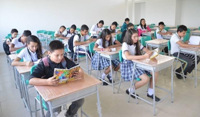 Autoridades educativas comenzaran campaña para matricular a estudiantes.