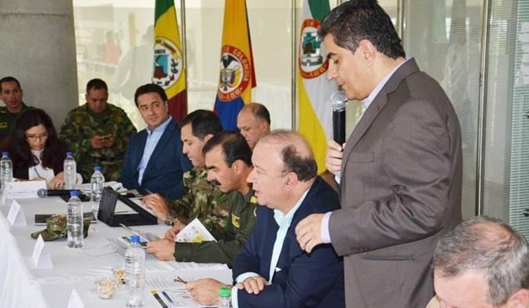 En Armenia, el ministro de Defensa, Luis Carlos Villegas lideró consejo de seguridad.