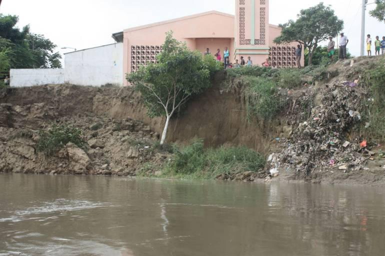 Bajo nivel del Magdalena amenaza con deslizamientos en Magangué