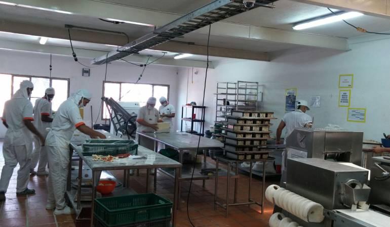 Panadería Cali altos costos azúcar y harina: Los panaderos de Cali denuncian quiebra por los altos costos en el azúcar y la harina