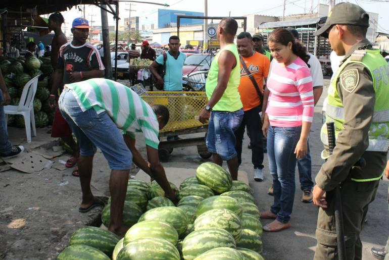 10 amonestaciones por ocupación indebida del espacio público, fueron levantadas en Mercado de Cartagena