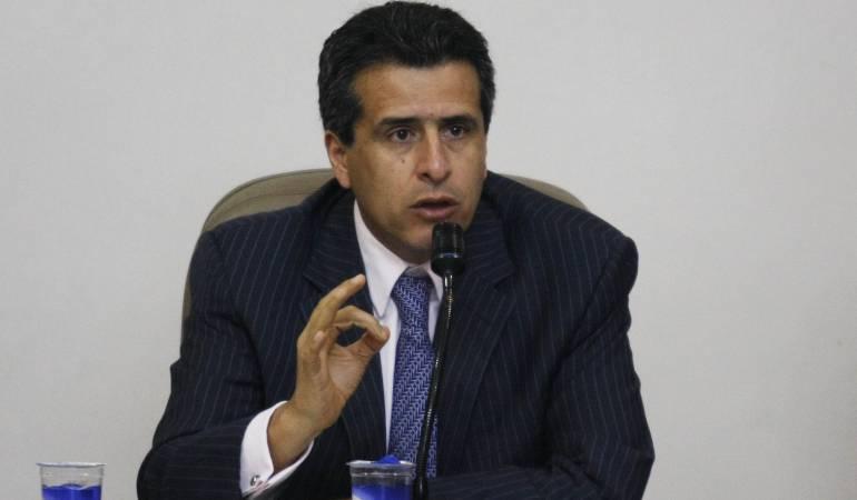 Luis Fernando Velasco, presidente del Senado.