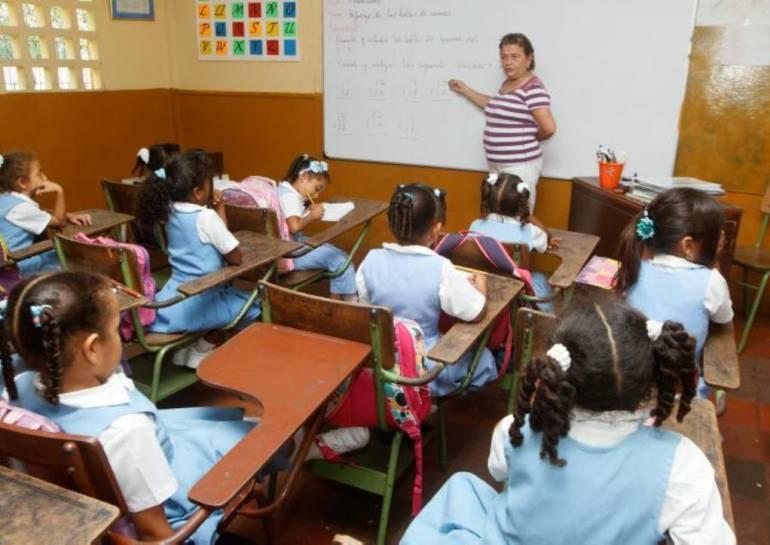 Ocho formadores extranjeros enseñarán inglés en escuelas de Cartagena