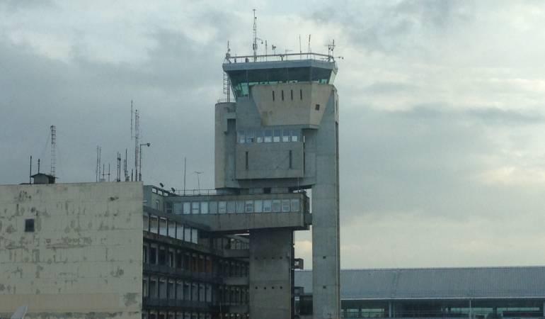antigua torre de control de El Dorado: A finales de mayo sería demolida la antigua torre de control de El Dorado