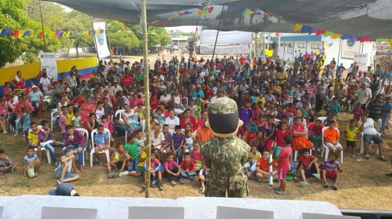 Ejército Nacional realiza jornada de atención médica en Morales, Bolívar