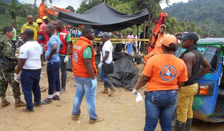 Deslizamiento de tierra en la vía entre Chocó y Risaralda deja 9 ... - Caracol Radio