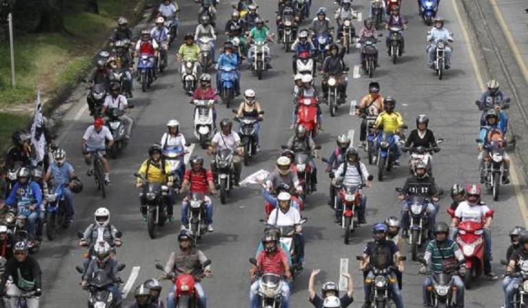 Motos registradas en el RUNT: En Colombia hay cerca de 6'900.000 motos registradas en el RUNT