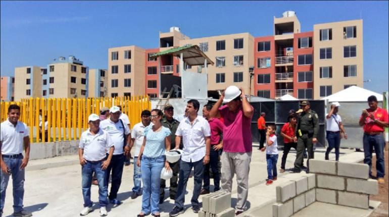 Con 420 viviendas más arranca proyecto Cayenas II y III