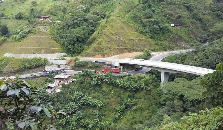 Túnel de La Línea: Aún no terminan el túnel de La Línea y ya cuesta más del doble
