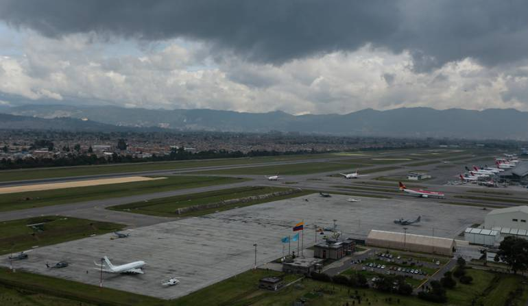 aeropuerto El Dorado: Cierre por una hora de la pista norte del aeropuerto El Dorado de Bogotá