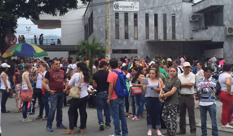Cerca de 2000 docentes marcharon desde la Plaza de Bolívar hasta Cosmitet
