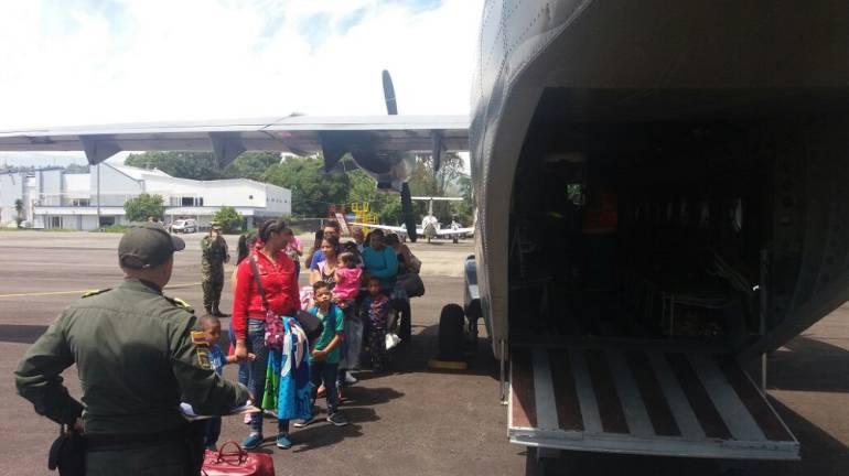 Fuerza Aérea Colombiana: Vía aérea transportan medicamentos de Cali a Popayán
