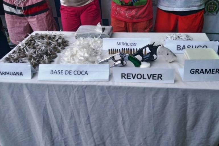 Cartagena alucinógenos: En Cartagena fueron capturadas tres personas con más de 500 dosis de alucinógenos
