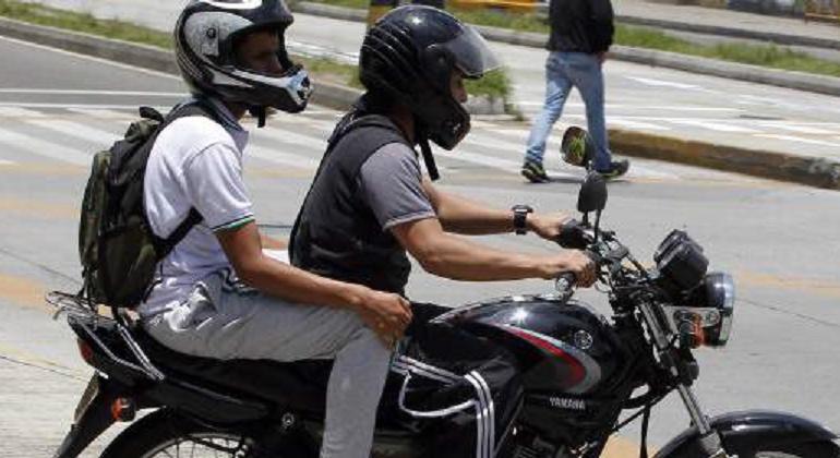Tres muertos dejó un accidente de tránsito entre dos motocicletas en Santana, Boyacá: Tres muertos dejó un accidente de tránsito entre dos motocicletas en Santana, Boyacá