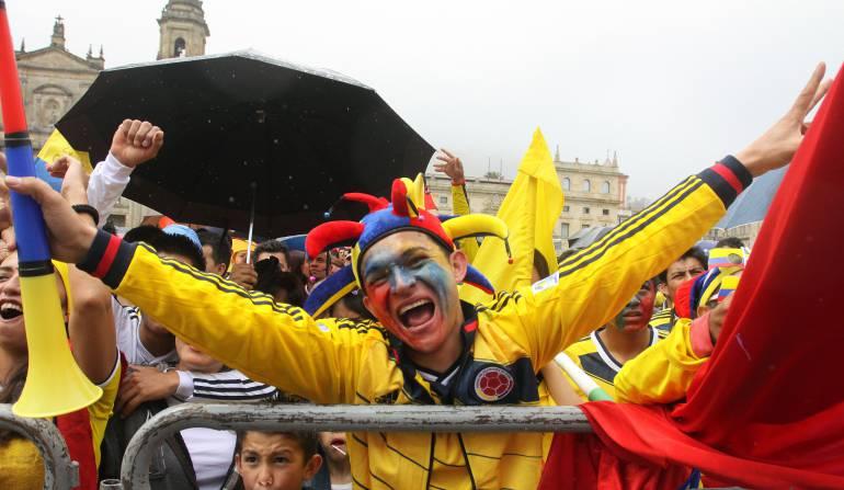 """Bogotá se alista para la Copa América Centenario. Pantalla gigante en el parque de la 93: Todo listo para """"Gol al parque 2016"""" en el Parque de la 93"""