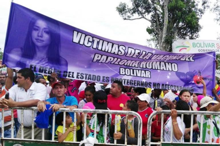 niñas carmen de bolivar vph: Niñas enfermas en El Carmen de Bolívar exigieron al presidente Santos atención médica