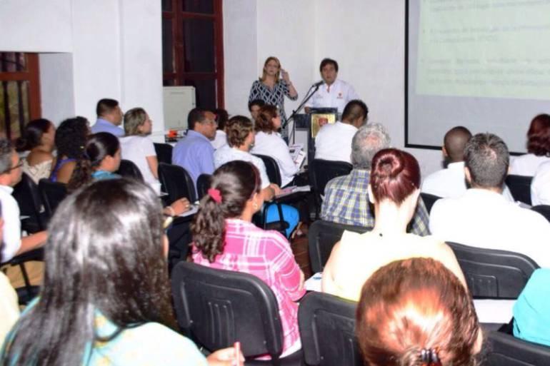 UNIBAC sigue creciendo con nuevos programas y nuevos espacios: UNIBAC sigue creciendo con nuevos programas y nuevos espacios