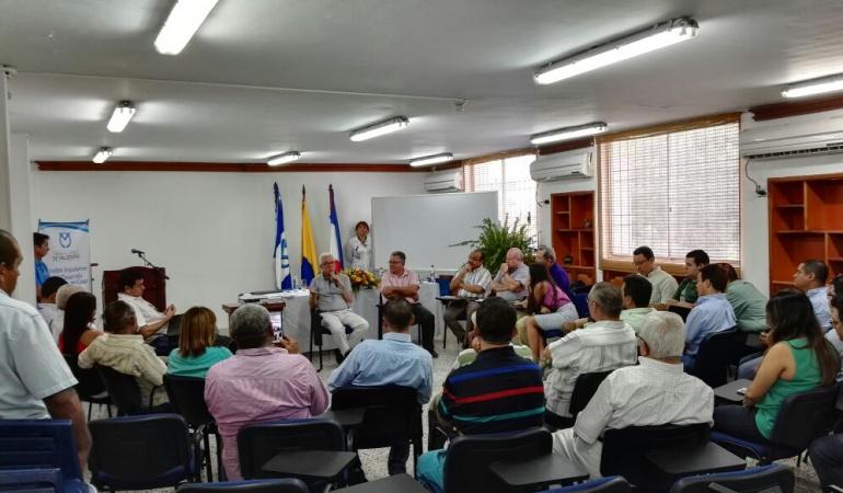 Senador Robledo en reunión con gremios en Valledupar