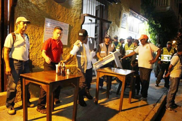 Se realizaron ocho retenciones de mobiliario por ocupaci n for Mobiliario espacio publico