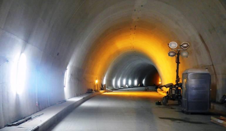 Pago de impuesto del túnel de La Línea: Autoridades de Cajamarca, Tolima, exigen a contratistas del túnel de La Línea pago de impuestos