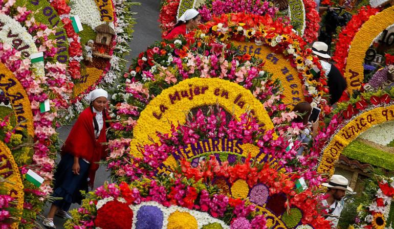 Image result for feria de las flores medellin