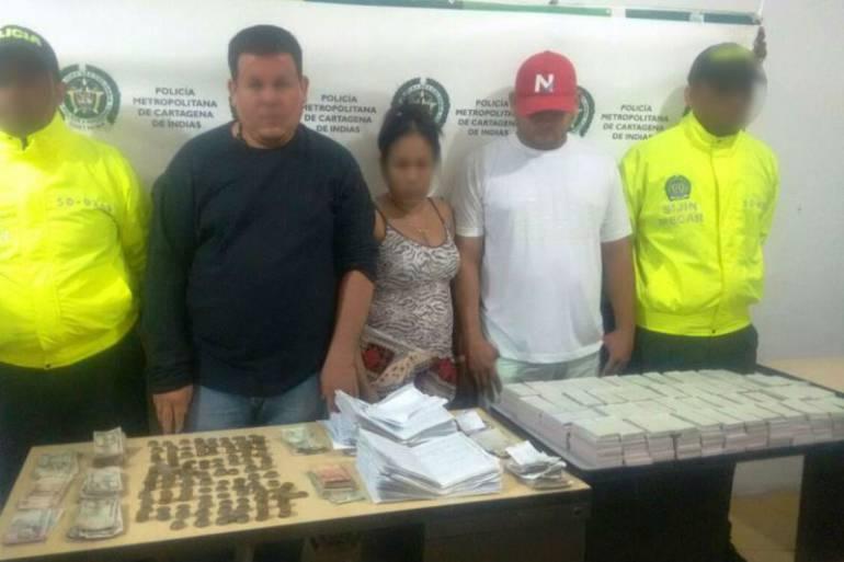 Policía de Cartagena captura tres personas por chance ilegal e incauta dinero de ventas: Policía de Cartagena captura tres personas por chance ilegal e incauta dinero de ventas