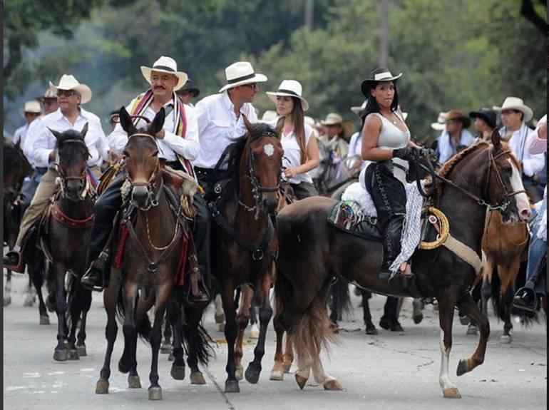 Hoy gran cabalgata en el segundo día de ferias y fiestas en Duitama: Hoy gran cabalgata en el segundo día de ferias y fiestas en Duitama