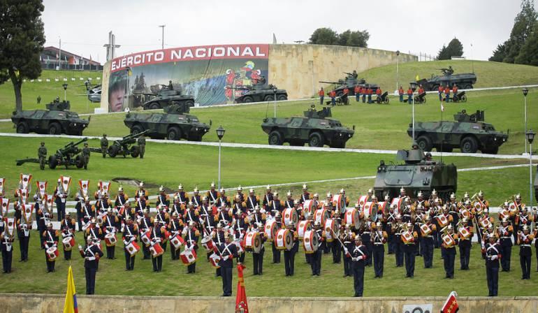Foto de archivo del cumpleaños número 194 del Ejército Nacional en 2013.