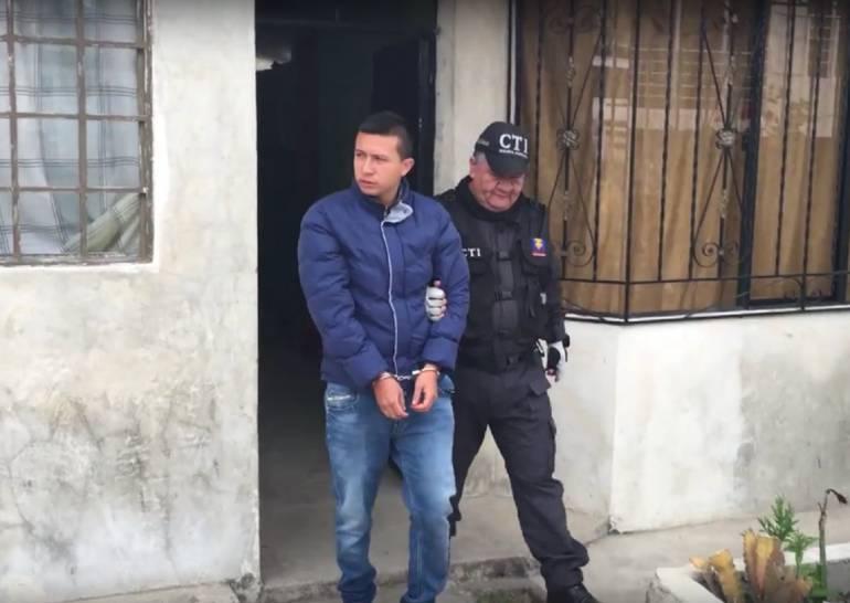 Detenido hombre que suplantó a un general para violar modelos