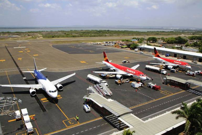 Durante un mes aeropuerto de Cartagena tendrá cierres escalonados por reparación de pista: Durante un mes aeropuerto de Cartagena tendrá cierres escalonados por reparación de pista