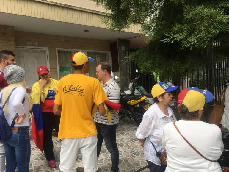 Venezolanos en Medellín se unieron a la marcha contra el gobierno de Nicolás Maduro