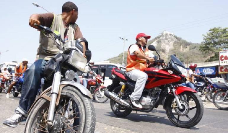 Mototaxistas de Cartagena piden a la alcaldía instalar chips en las motos