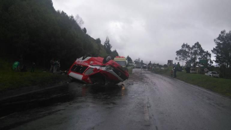 Tres lesionados en 3 accidentes de tránsito sobre la vía Tunja-Bogotá: Tres lesionados en 3 accidentes de tránsito sobre la vía Tunja-Bogotá