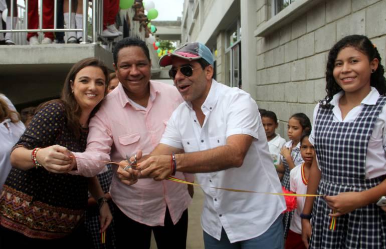 Alcalde entrega obras: Alcaldía entregó nueva infraestructura a la Institución Educativa del barrio Simón Bolívar