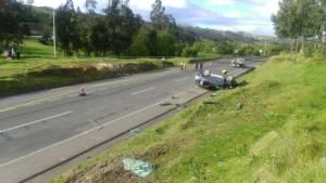 Accidente en vía Tunja-Bogotá deja herido al alcalde de Susacón, Boyacá y muerto a su conductor: Accidente en vía Tunja-Bogotá deja herido al alcalde de Susacón, Boyacá y muerto a su conductor