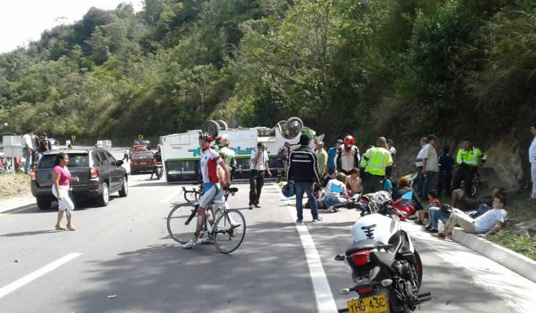 18 heridos deja accidente de tránsito en Cundinamarca