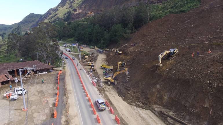 AUTOPISTA MEDELLÍN -BOGOTÁ: Autopista Medellín – Bogotá fue habilitada 24 horas