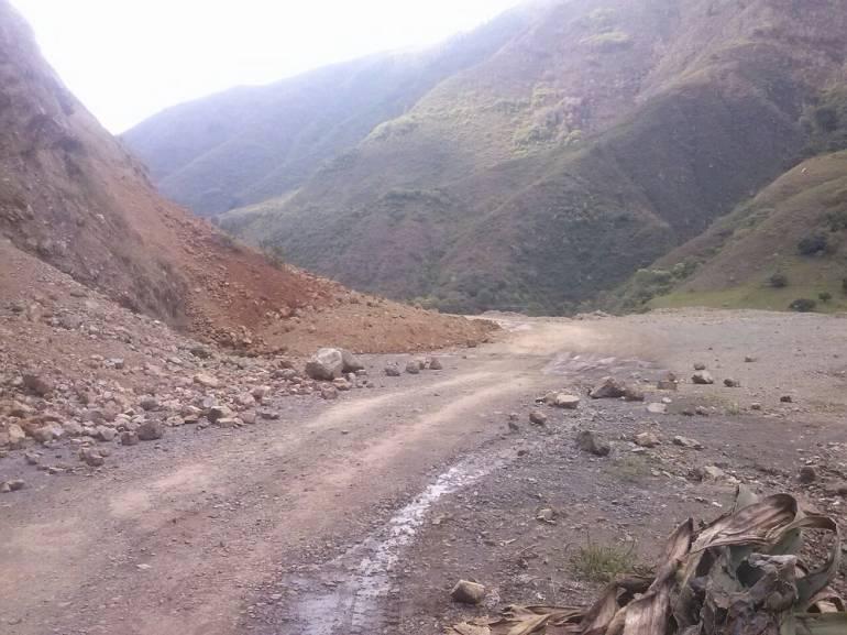 Lluvias siguen causando deslizamiento en el Valle del Cauca: Deslizamientos de tierra en zona rural del municipio de Palmira
