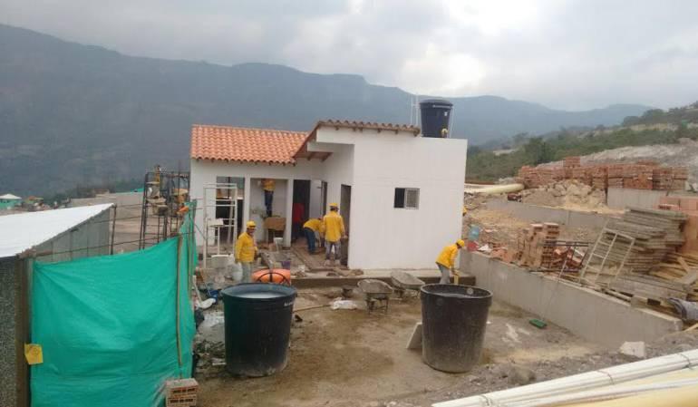 Vivienda aun en construcción en el nuevo casco urbanos de Gramalote