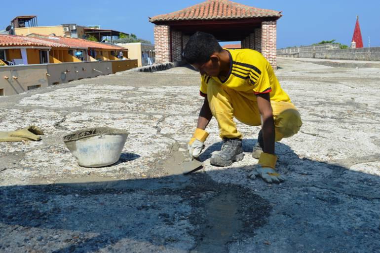 Avanza el mantenimiento de Fortificaciones del Centro Histórico de Cartagena: Avanza el mantenimiento de Fortificaciones del Centro Histórico de Cartagena