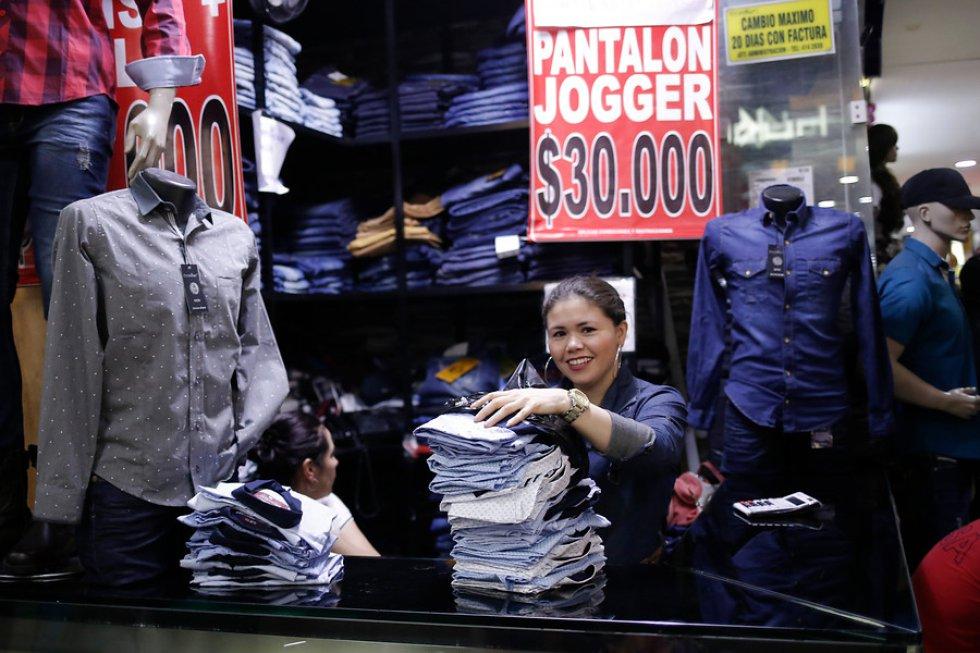 El sector es conocido por vender a mejores precios todo tipo de artículos y prendas de vestir.