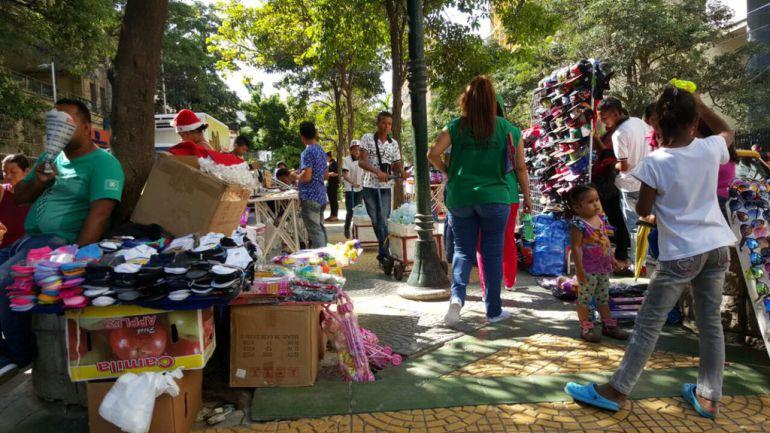 Reubican a 211 vendedores informales en el Paseo Bolívar
