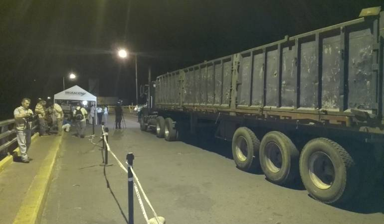 Pasos fronterizos se abrirán por 15 horas en Navidad y Año Nuevo